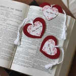 heart-bookmark-400a