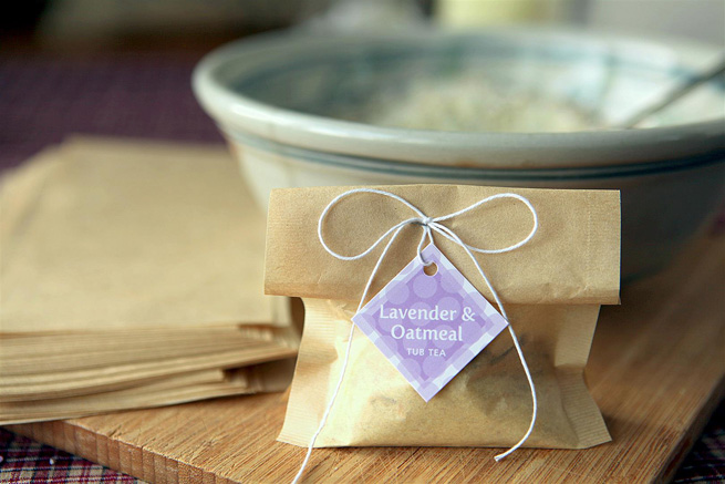 Lavender Oatmeal Tub Tea from My Own Ideas blog #bath #homemade #gift #favor #babyshower