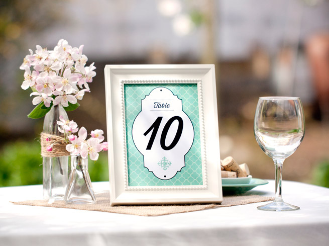 Diy wedding printables download and print for free for How to dress a wedding table