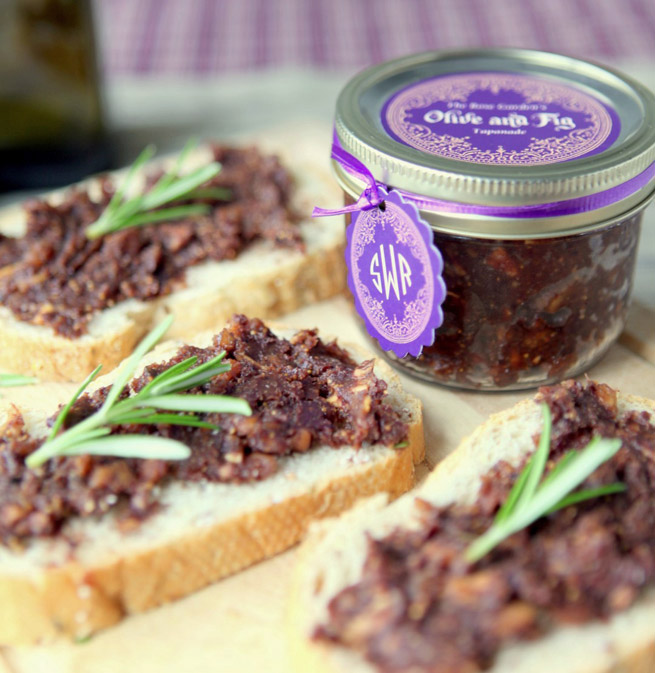 Fig and Olive Tapenade from My Own Ideas blog #recipe #homemade #labels