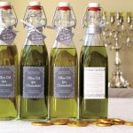 Hanukkah Olive Oil Gifts #chanukkah #labels #bottles
