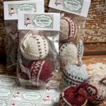 Knitted Christmas Bobbles #diy #handmade #gift #holiday #ornament