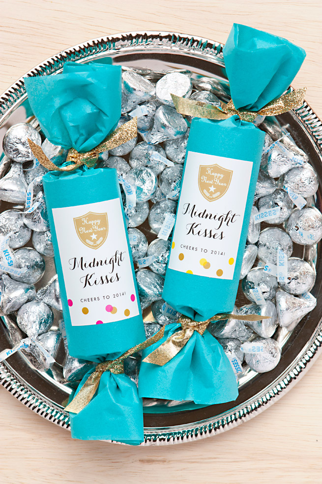 New Year's Eve Party Favor: Midnight Kisses #craft #diy # ...