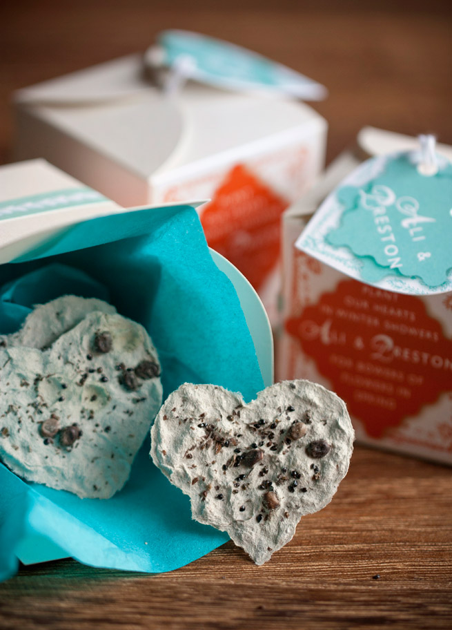Plantable Paper Heart Favors #diy #wedding #gift #packaging