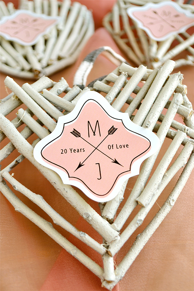 DIY Hanging Twig Heart #craft #valentinesday #nature #recycled