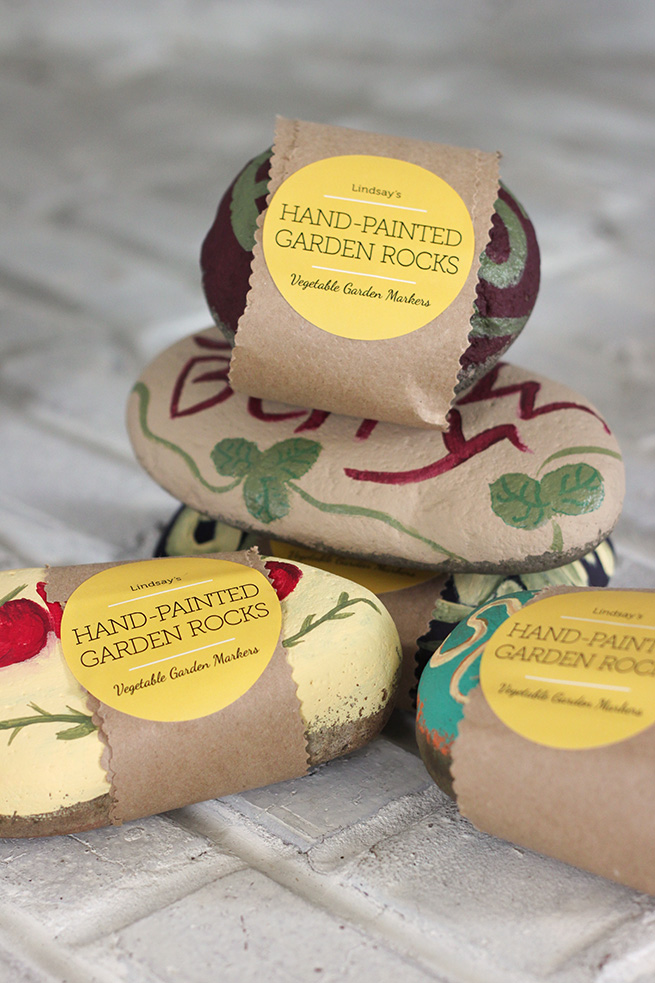 DIY Painted Garden Rocks #gardening #labels #gift #housewarming