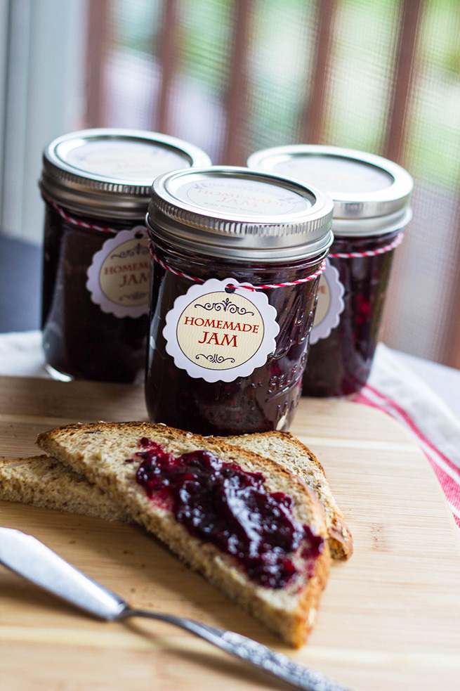 Homemade Marionberry Jam #recipe #freezerjam #gift #tags