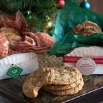 DIY Paper Plate Cookie Boxes | Evermine Blog | www.evermine.com #christmascookies #ediblegifts #holidays